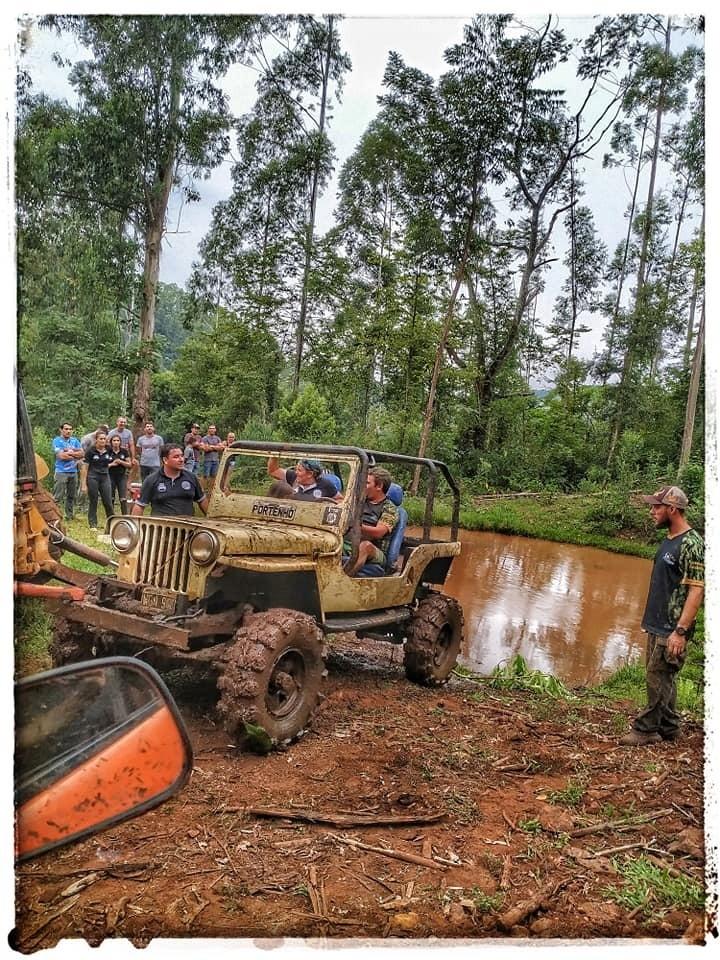 """Trilha inédita dos """"Tigres Off Road"""" reuniu mais de 200 participantes em Barra Bonita"""