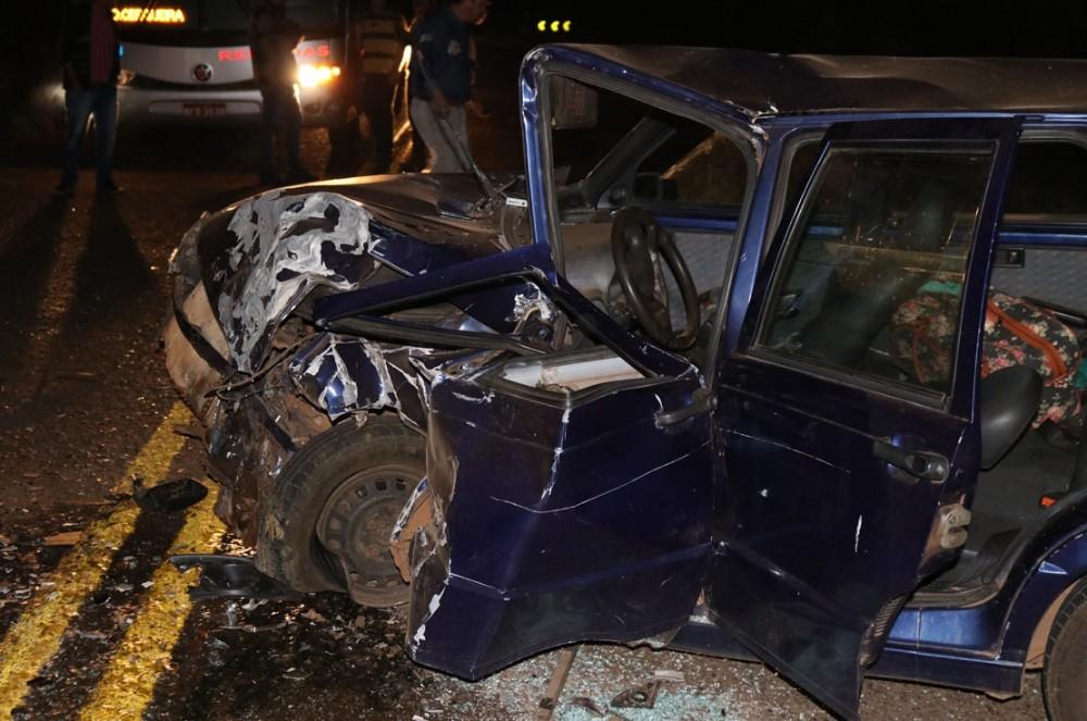 Colisão frontal deixa um morto e quatro feridos na SC-305 em Campo Erê