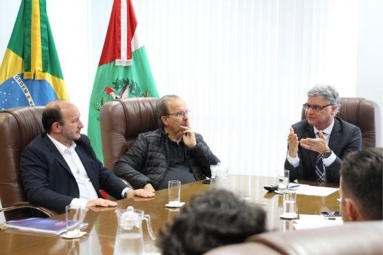 Presidente do TJ acena com melhorias a curto e médio prazo no Fórum de Herval D'Oeste