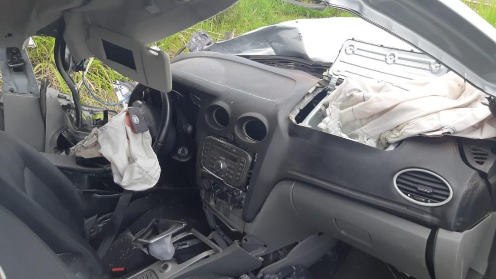 Jovem morre em colisão frontal na BR-282 em Paraíso