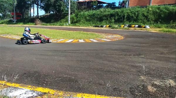 Adrenalina e emoção vão agitar o 7º Kartchê em São Miguel do Oeste